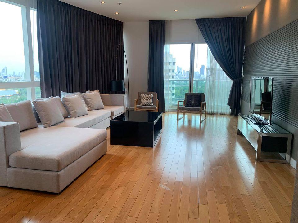 Bangkok Property Condo Apartment Real Estate For Rent in Asok Sukhumvit Beautifully & Bright
