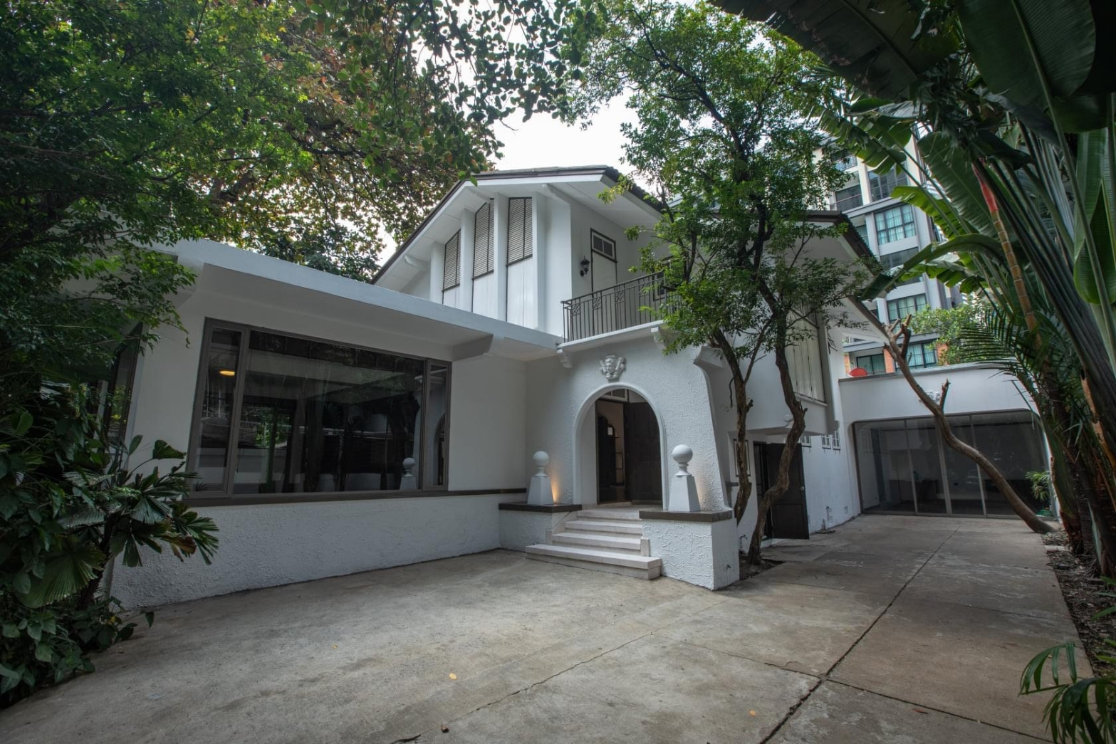 Bangkok House Ploenchit Sukhumvit For Rent Detached House in Ploenchit