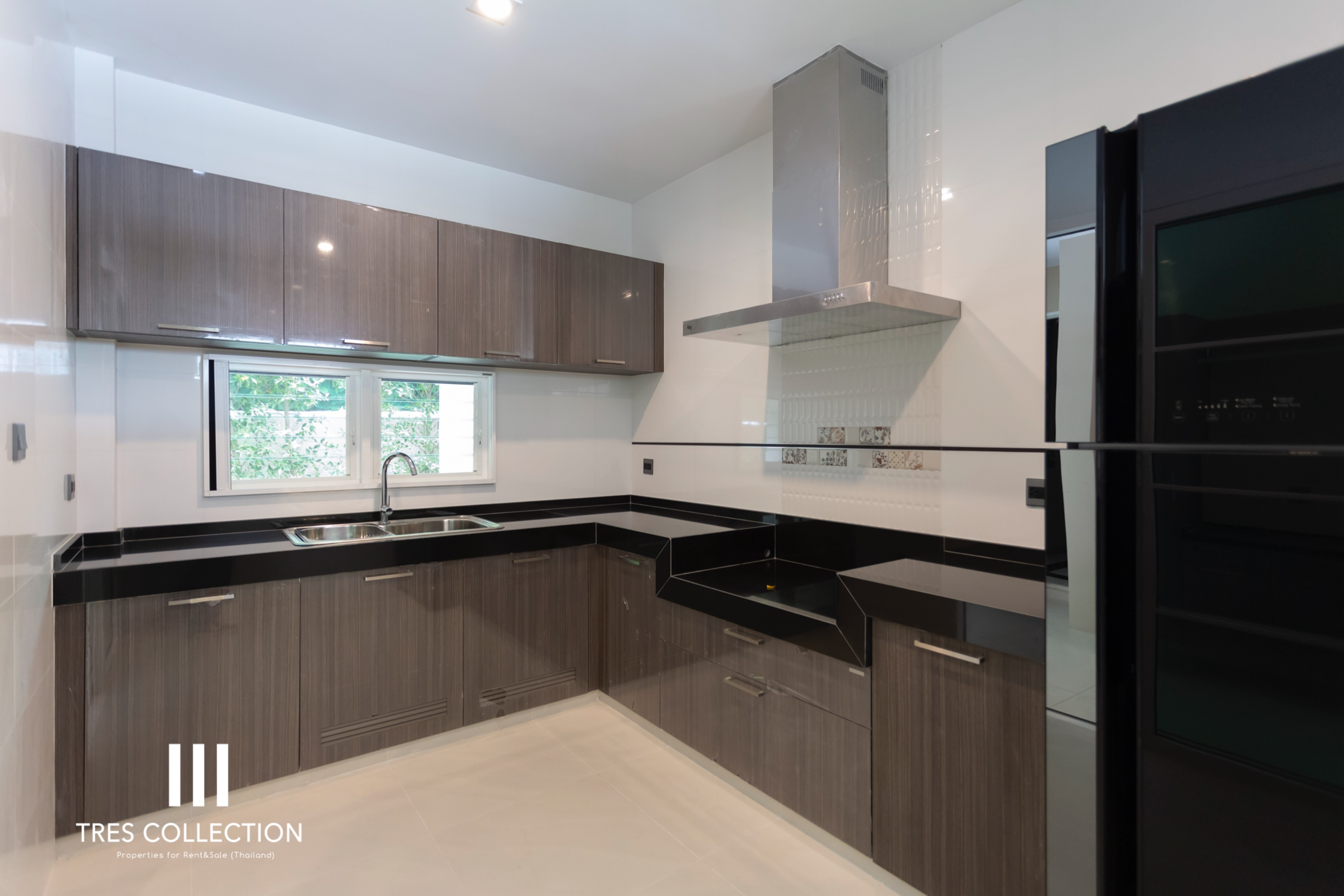 Bangkok Property Condo Apartment House Real Estate For Rent in Bangna Italian Style House