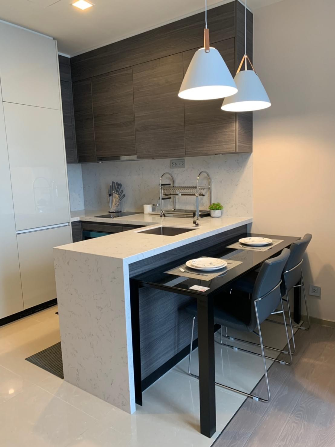 Bangkok Property Condo Apartment Real Estate For Rent in Asok Sukhumvit In The City