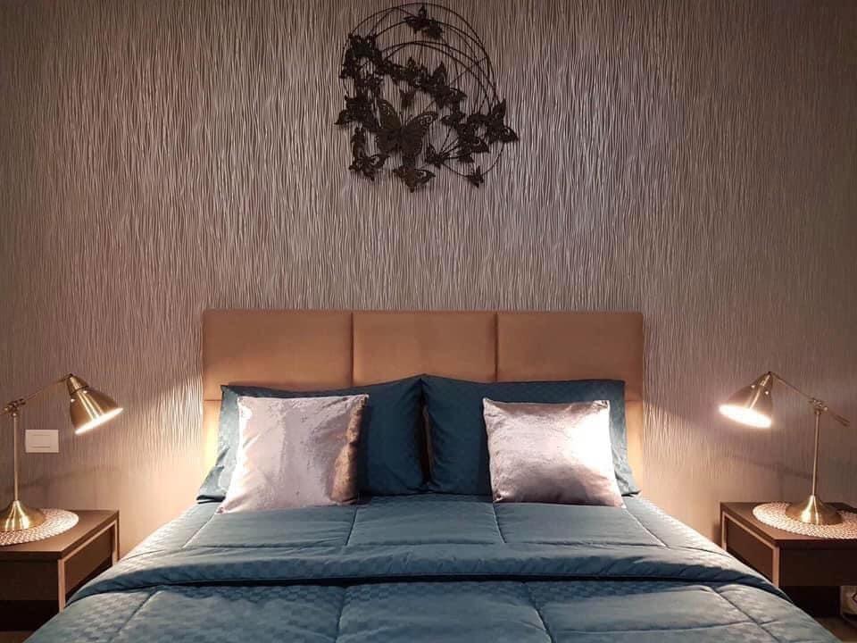 Bangkok Condo Apartment For Rent in Sukhumvit Classy Well Decor Amazing unit in Ploenchit