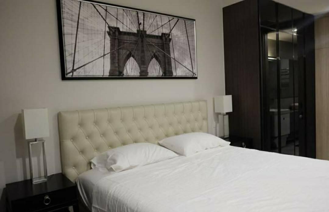 Bangkok Condo Apartment For Rent in Ploenchit Sukhumvit Homey Bright Condo