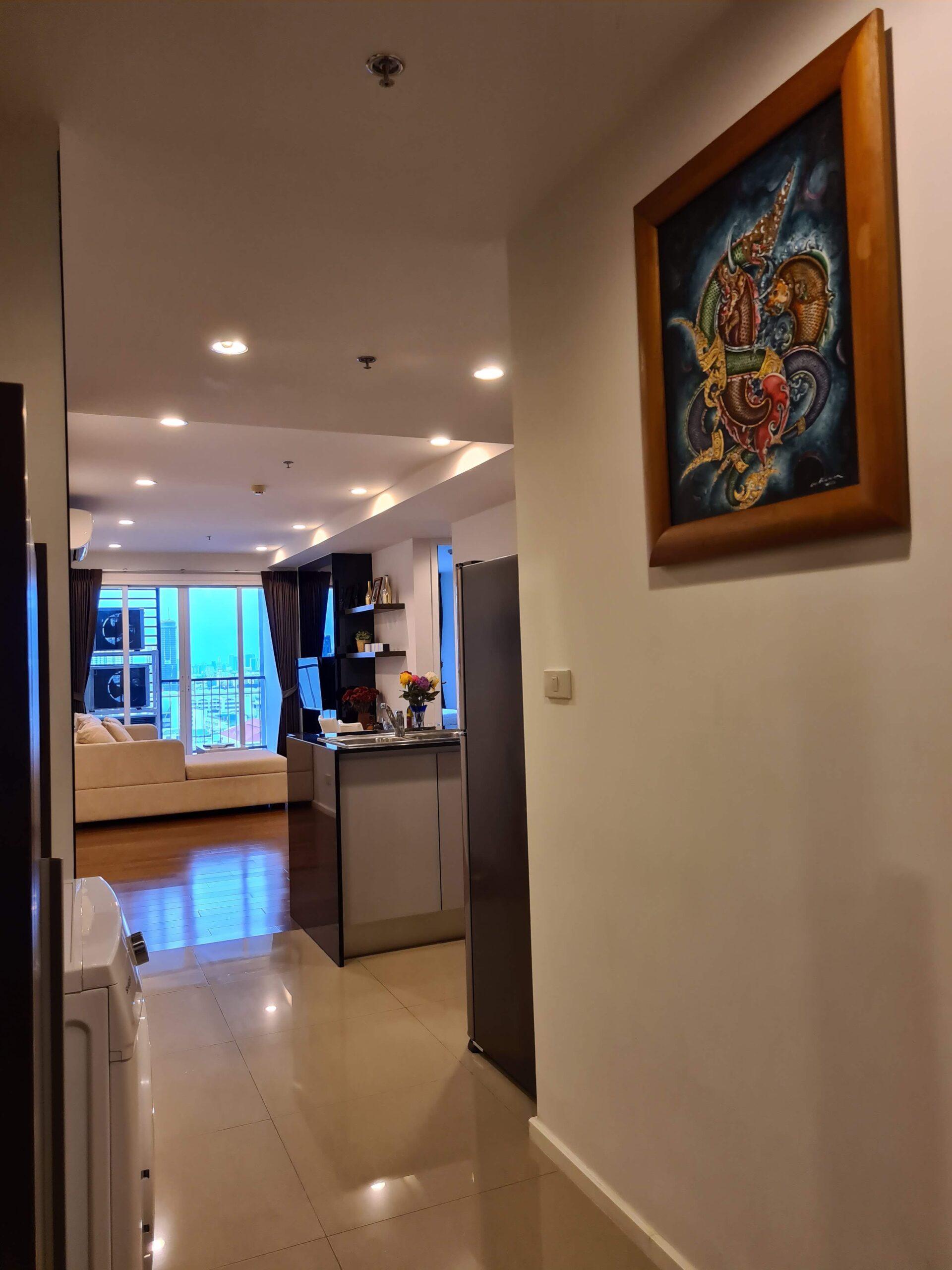 Bangkok Property Condo Apartment Real Estate For Rent in Sukhumvit Nice & Bright in Nana