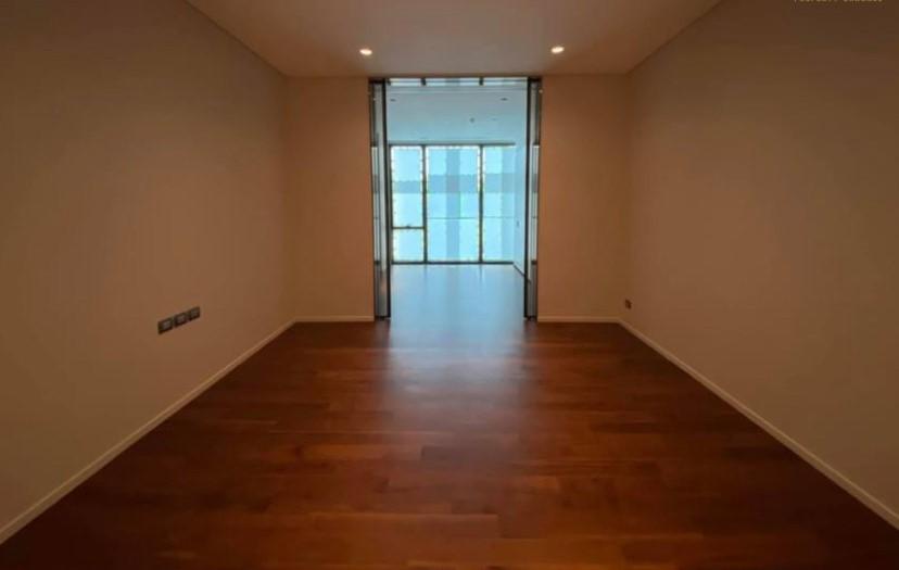 Bangkok Property Condo Apartment House Real Estate For Sale in Ratchadamri High-End Condo