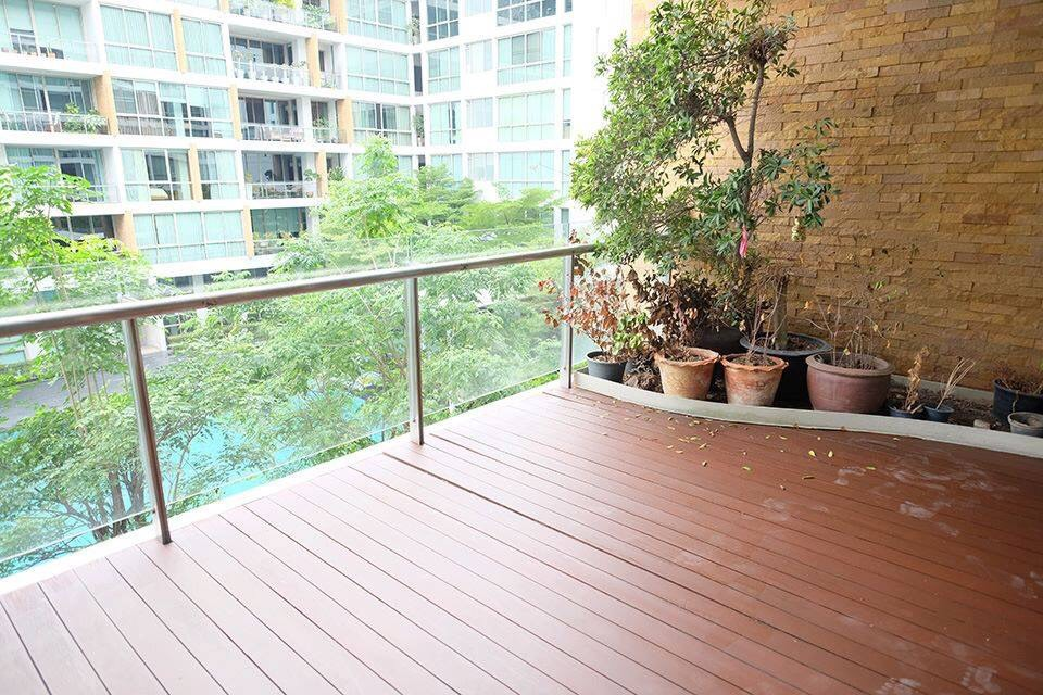 Bangkok Property Condo Apartment Real Estate For Rent in Phra Khanong Sukhumvit Spacious Condo - Pet Friendly